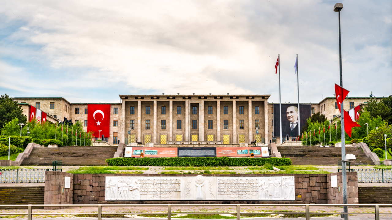 Turkish Draft Law Regulating Cryptocurrencies Enters Parliament in October