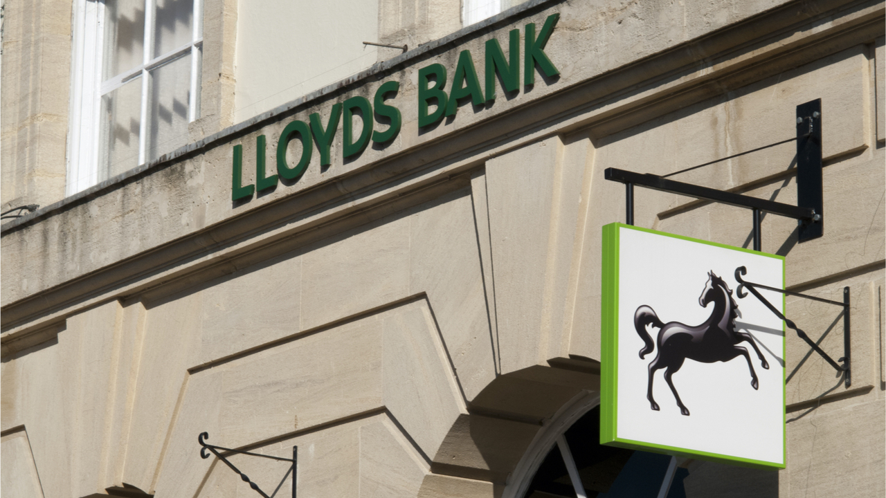 Multi-Billion Dollar Financial Services Firm Lloyds Looks to Hire a Digital Currency Expert